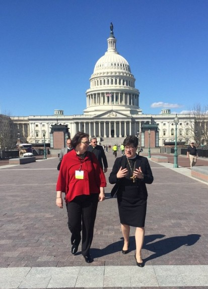 Hartke and Bishop on Hill in March (2)